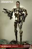 TERMINATOR 2 - T-800 Endoskeleton Version 2 Statue Sideshow