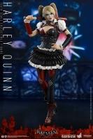 BATMAN ARKHAM KNIGHT - Harley Quinn 1/6 Actionfigur 30 cm Hot Toys