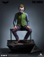 BATMAN : THE DARK KNIGHT - Joker (Heath Ledger) 1/3 Statue Queen