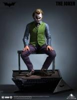 BATMAN : THE DARK KNIGHT - Joker (Heath Ledger) SPECIAL 1/3 Statue Queen
