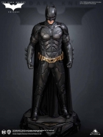 BATMAN : THE DARK KNIGHT - Batman 1/3 Statue 68 cm Queen