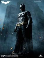 BATMAN : THE DARK KNIGHT - Batman 1/3 Statue 68 cm Queen
