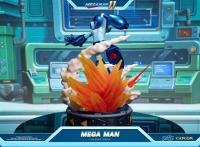 MEGA MAN 11 - Mega Man Statue 42 cm First 4 Figures