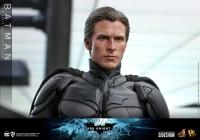 BATMAN : DARK KNIGHT RISES - Batman DX 1/6 Actionfigur 32 cm Hot Toys