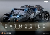 BATMAN : DARK KNIGHT TRIOLOGIE - Batmobil Tumbler 1/6 Actionfigur Hot Toys
