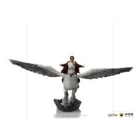 HARRY POTTER - Harry Potter and Buckbeak DELUXE Art Scale Statue 30 cm Iron Studios