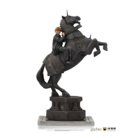 HARRY POTTER - Ron Weasley at the Wizard Chess DELUXE Art Scale Statue Iron Studios