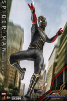SPIDERMAN : NO WAY HOME - Spiderman Black & Gold Suit 1/6 Actionfigur Hot Toys