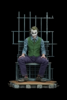 BATMAN DARK KNIGHT - The Joker 1/4 Premium Format Statue Sideshow